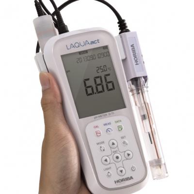 Máy đo pH/ nhiệt độ Horiba D.71G - Đo độ pH trong môi trường nước